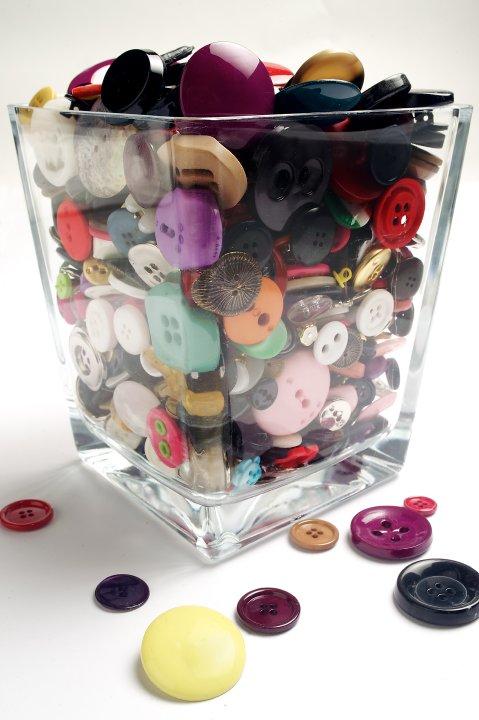 vaso di bottoni